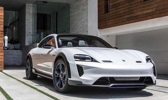 2021 Porsche 2021 Taycan Cross Turismo front 3/4