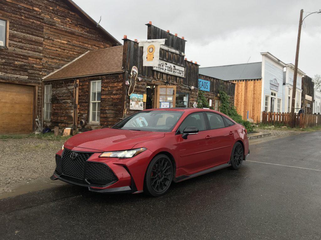 2020 Toyota Avalon TRD front shot