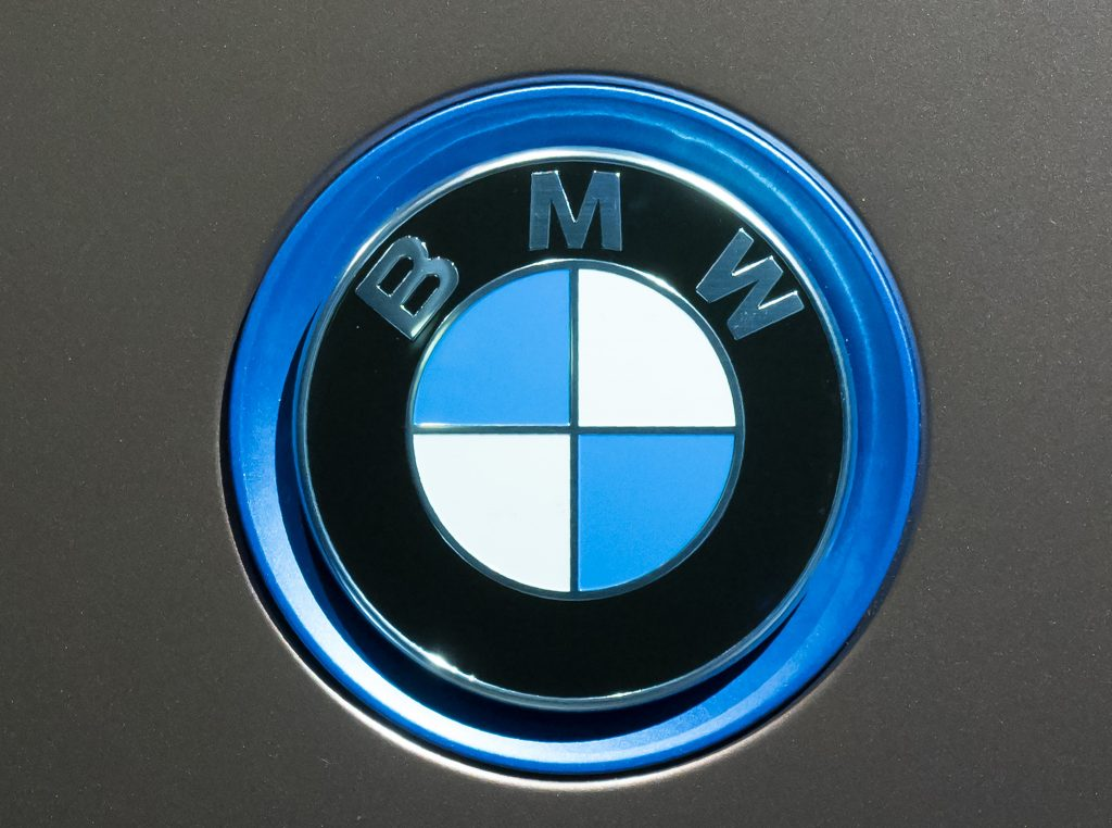 A BMW emblem on the front of a car