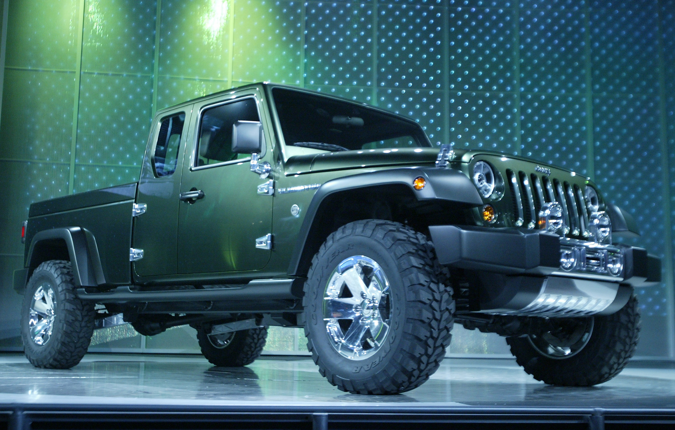 Jeep Gladiator 4xe Plug-In Hybrid Pickup Truck Confirmed