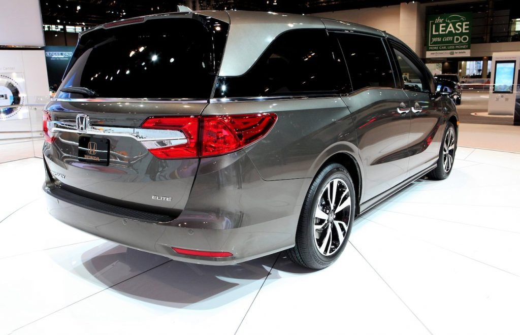 A predecessor of the 2020 Honda Odyssey is on display at the 109th Annual Chicago Auto Show