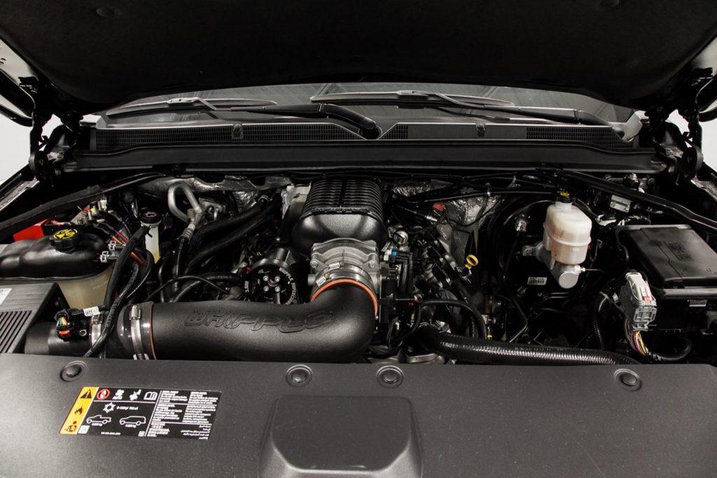 engine detail of 2017 modified 2017 Escalade