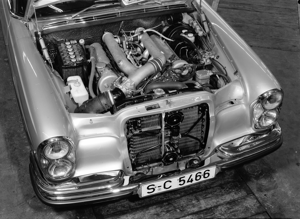 A black-and-white photo of the 1968 Mercedes 300SEL 6.3's engine bay
