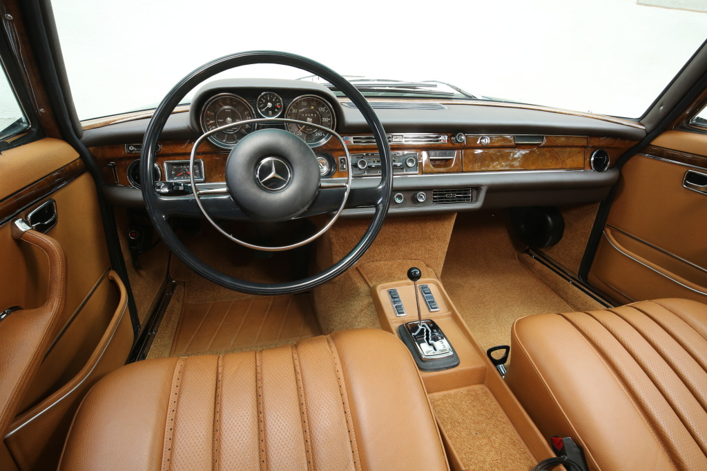 The tan-leather interior of the 1968 Mercedes 300SEL 6.3