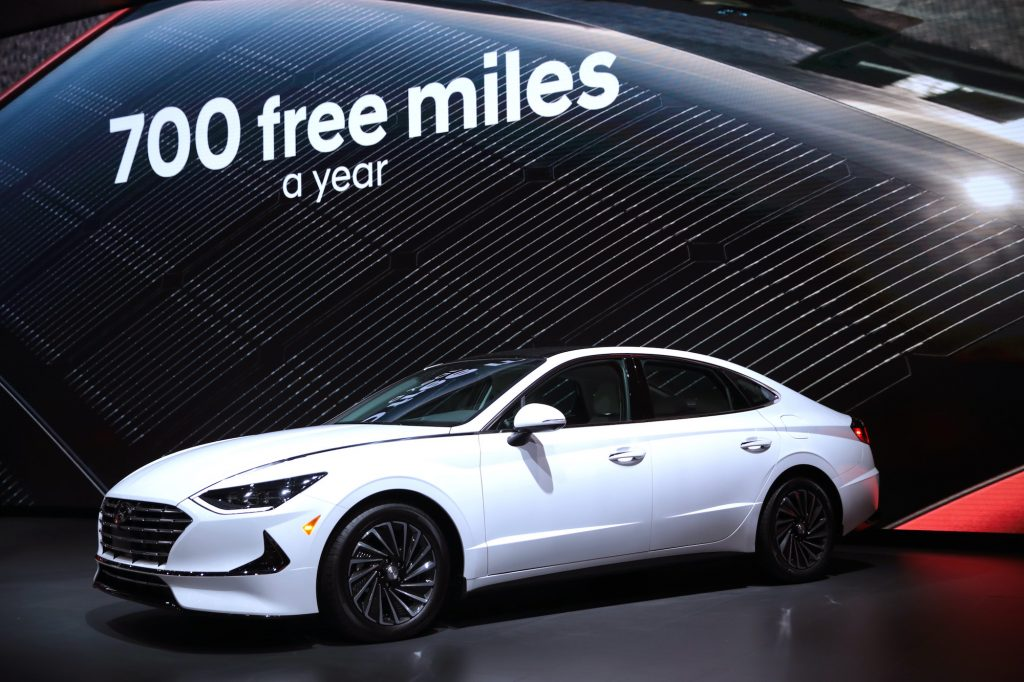 Hyundai shows off their 2020 Sonata Hybrid at the Chicago Auto Show makes a statement that you don't have to be a Honda or Toyota.