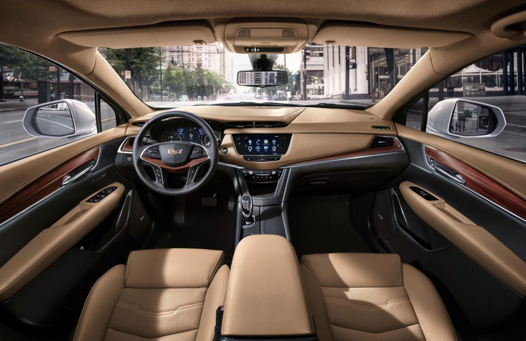 The XT5 features a well-padded, elegant car cabin.