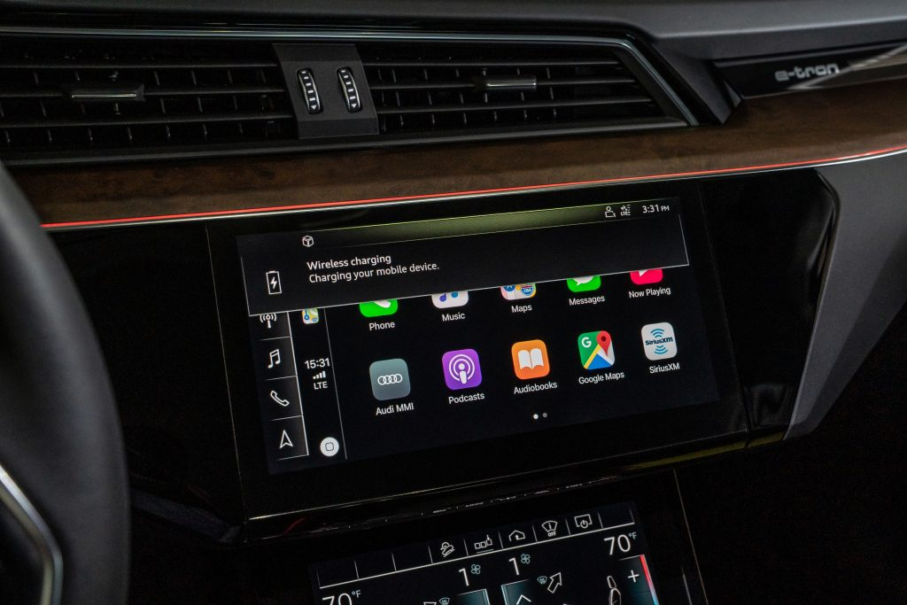 Audi e-tron apple carplay
