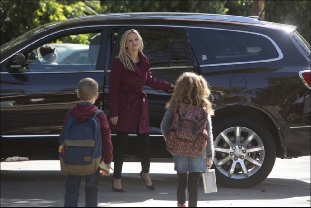 a scene when Madeline Mackenzie picks children up in her Buick Enclave in Big Little Lies