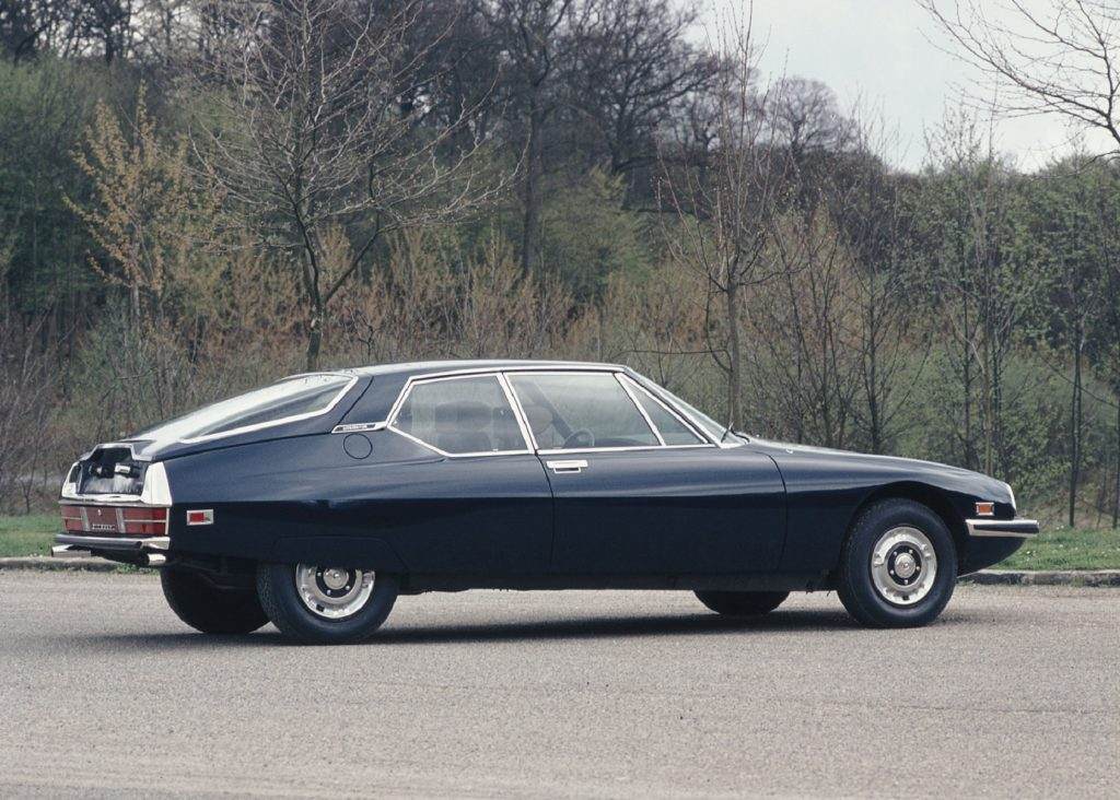 The side view of a blue 1971 Citroen SM