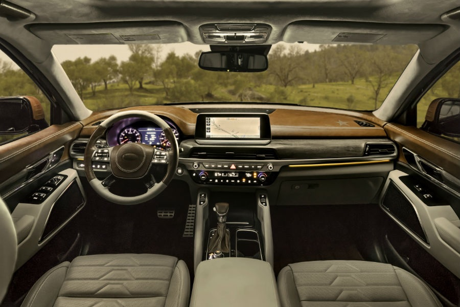 The tan-leather and wood-trimmed 2020 Kia Telluride NY Fashion Week's interior