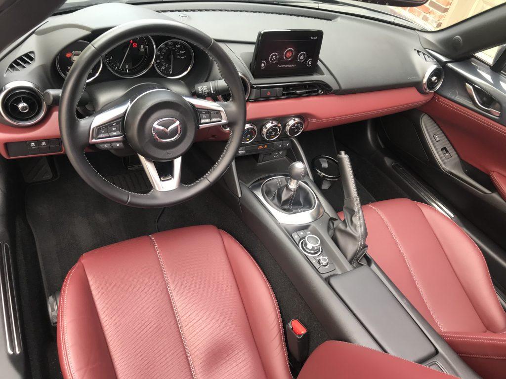 2020 Mazda MX-5 infotainment knob