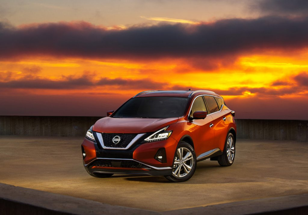 Nissan Murano with the sunset in the background