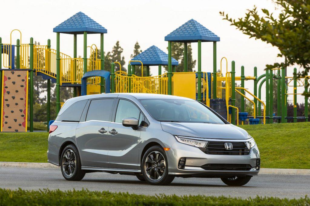 2021 Honda Odyssey outside of the park