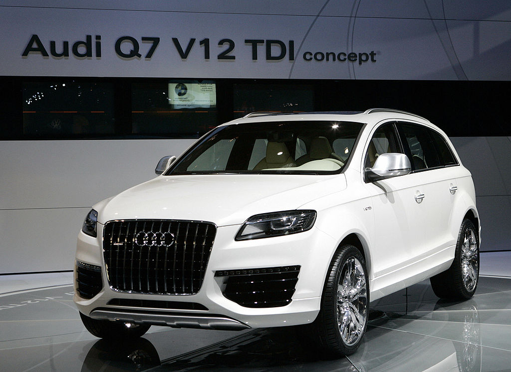 Detroit, UNITED STATES:  The Audi Q7 V12 TDI concept car is introduced 07 January, 2007 at the North American International Auto Show at Cobo Hall in Detroit, Michigan.  AFP PHOTO/Stan HONDA  (Photo credit should read STAN HONDA/AFP via Getty Images)