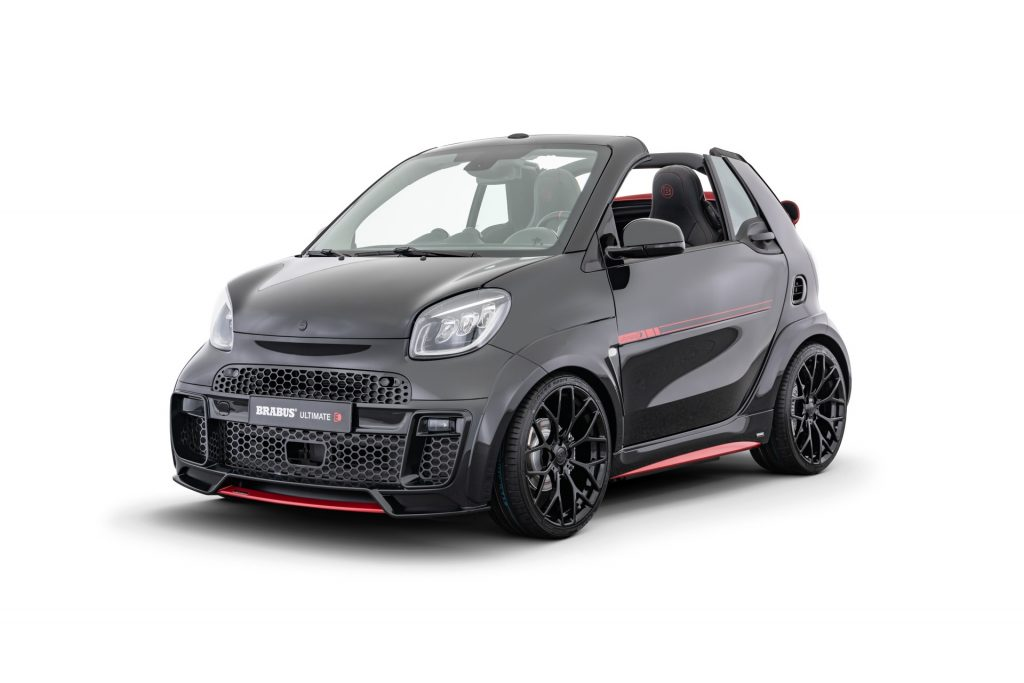A black-and-red Brabus Smart Ultimate E Facelift cabriolet