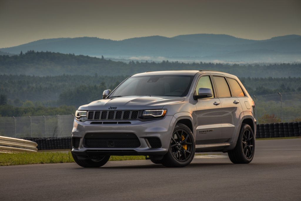 Powering the 2021 Jeep® Grand Cherokee Trackhawk is a supercharged 6.2-liter V-8 engine delivering 707 horsepower and 645 lb.-ft. of torque