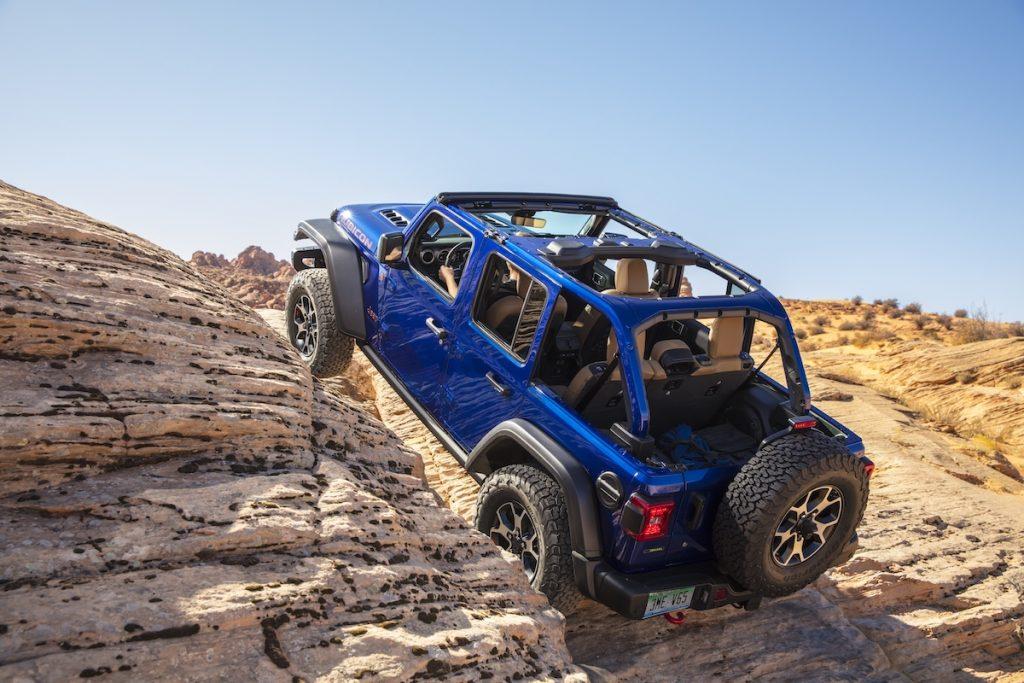 2020 Jeep® Wrangler Rubicon EcoDiesel climbing rocks