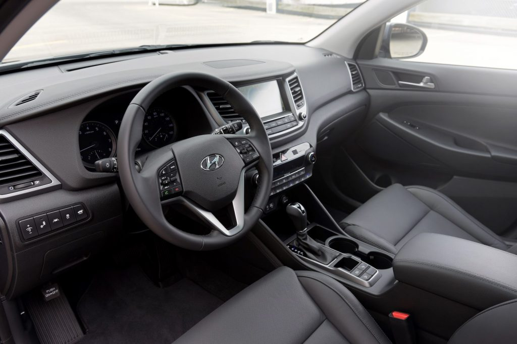 The interior of the 2017 Tucson