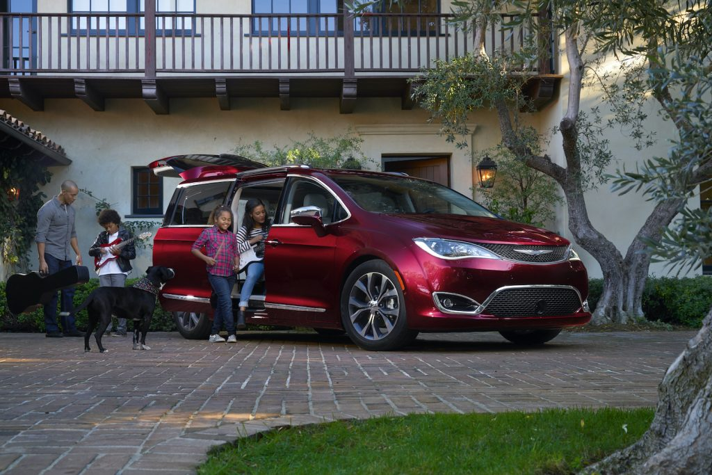 2018 Chrysler Pacifica in red
