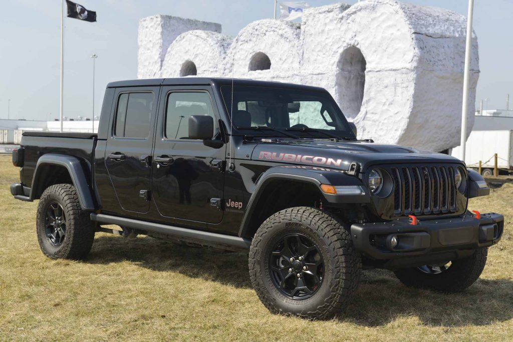 Noah Galloway helps launch Jeep Gladiator Launch Edition truck