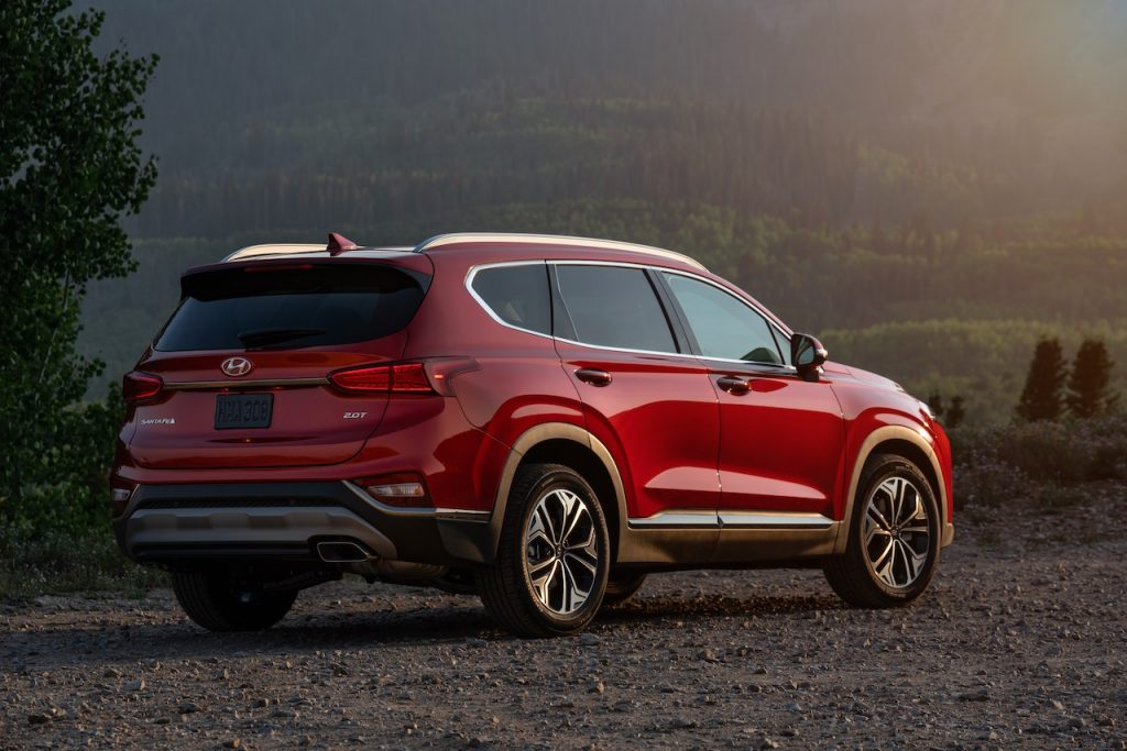 The Hyundai Santa Fe offers one of the cheapest lease deals available.a