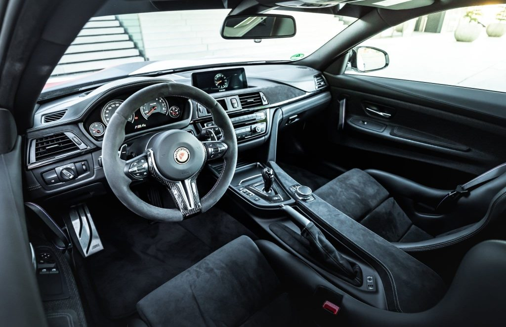 The Manhart MH4 GTR's interior