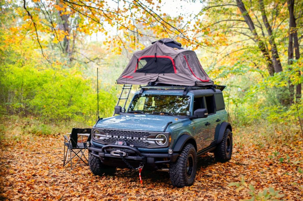 Ford Bronco Overland Concept with roof top tent