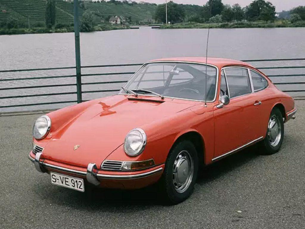 A red 1965 Porsche 912