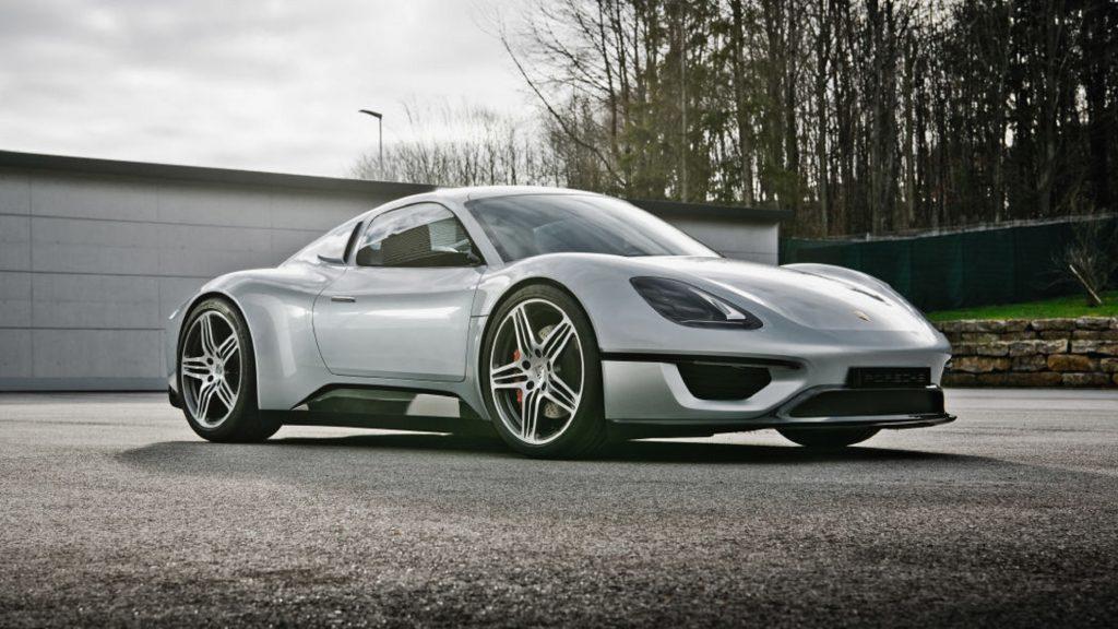 The silver 2013 Porsche 904 Living Legend concept
