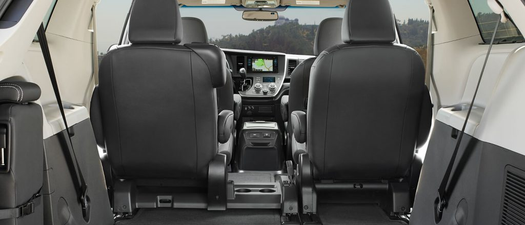 The rearview of a 2017 Sienna with the third-row folded down.