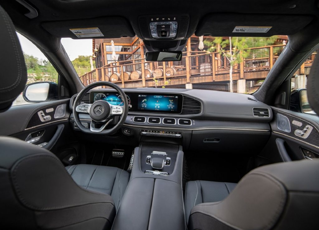 The front seats and dashboard of the 2020 Mercedes-Benz GLS