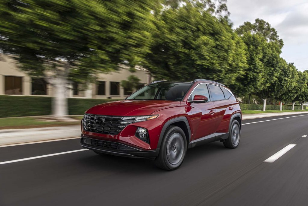 2022 Hyundai Tucson driving on road