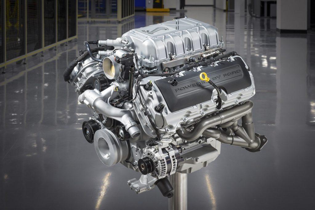 GT500 Predator V8 crate engine