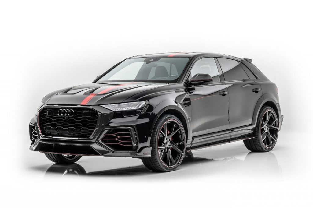 The black-and-red Audi RS Q8 tuned by Mansory