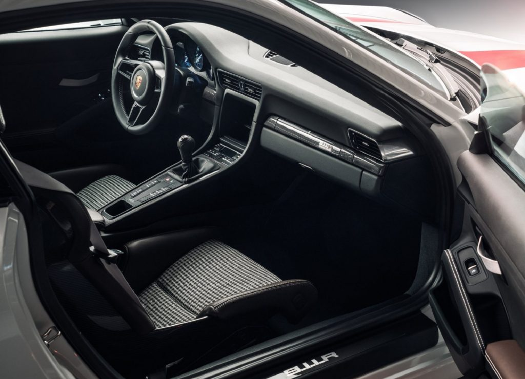 The 2016 Porsche 911 R's dashboard and hounds-tooth front seats