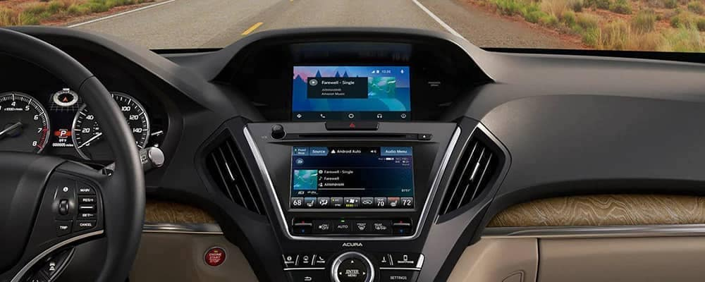 Dash area of the 2020 MDX with brown leather.