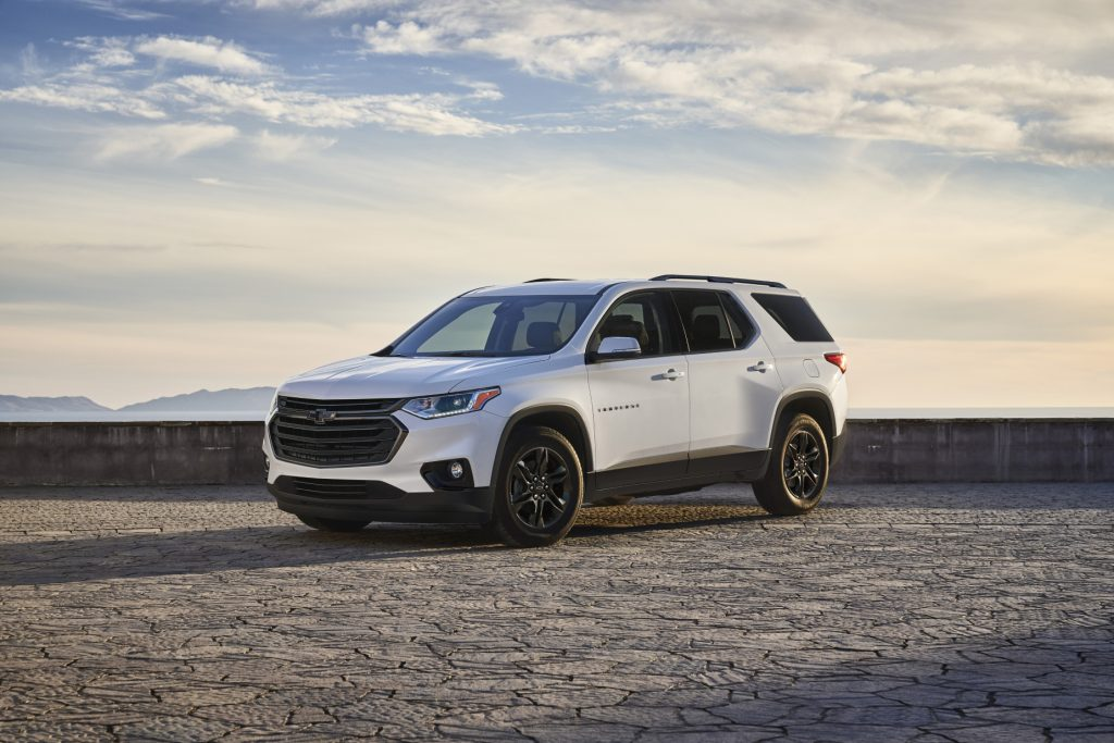 A white 2021 Chevy Traverse Sport Edition on display