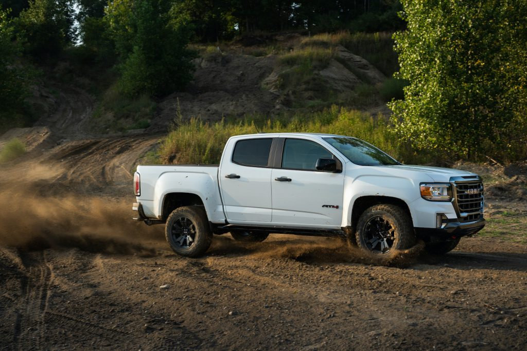 2021 GMC Canyon AT4 hits the trails