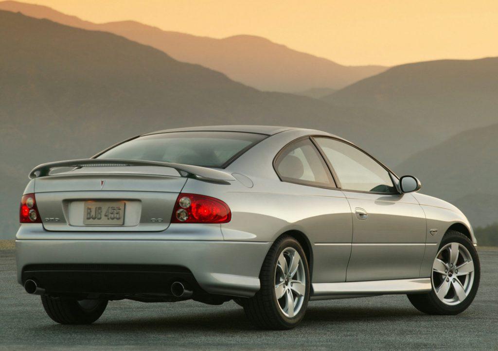2005 Pontiac GTO |