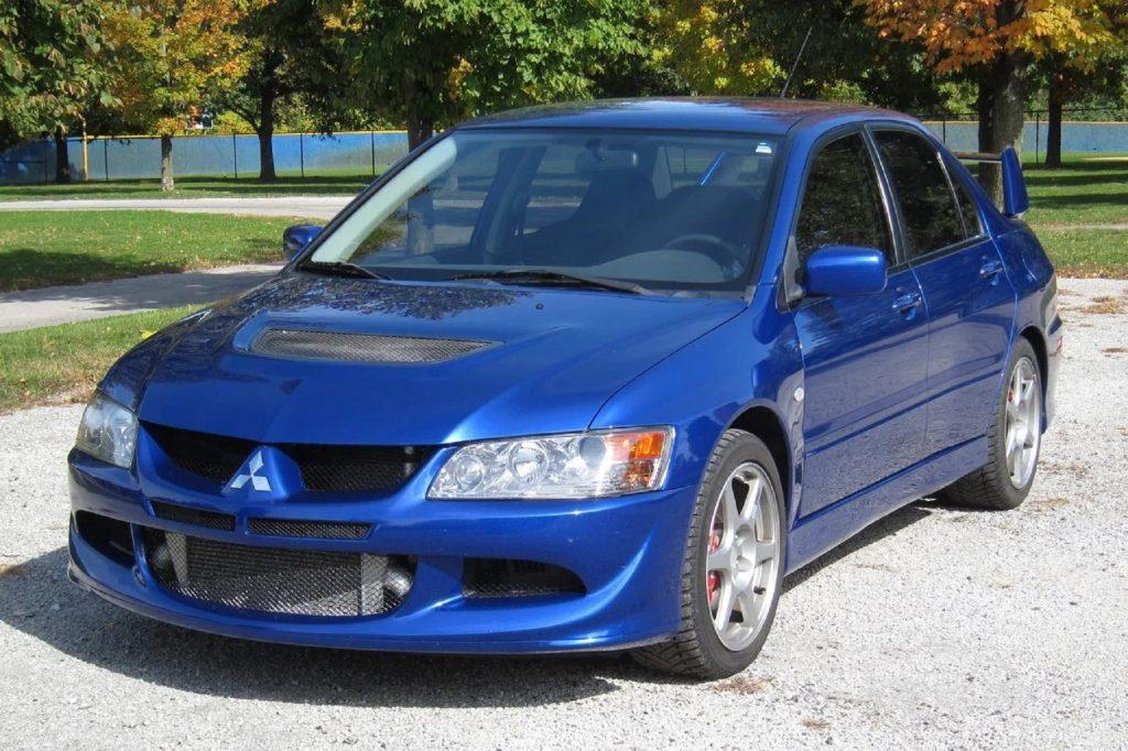 A blue 2005 Mitsubishi Lancer Evolution VIII