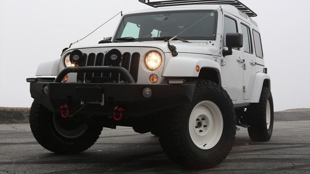 TNC now makes this beautiful Jeep Wrangler that screams Land Rover Safari