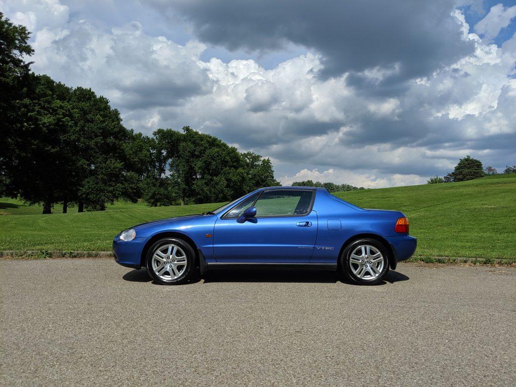 1992 Honda Del Sol side shot