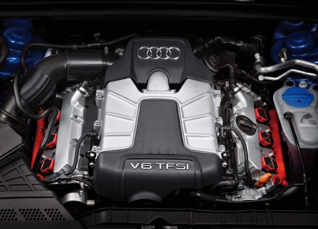 The 3.0-liter supercharged V6 engine in the 2009 Audi S4