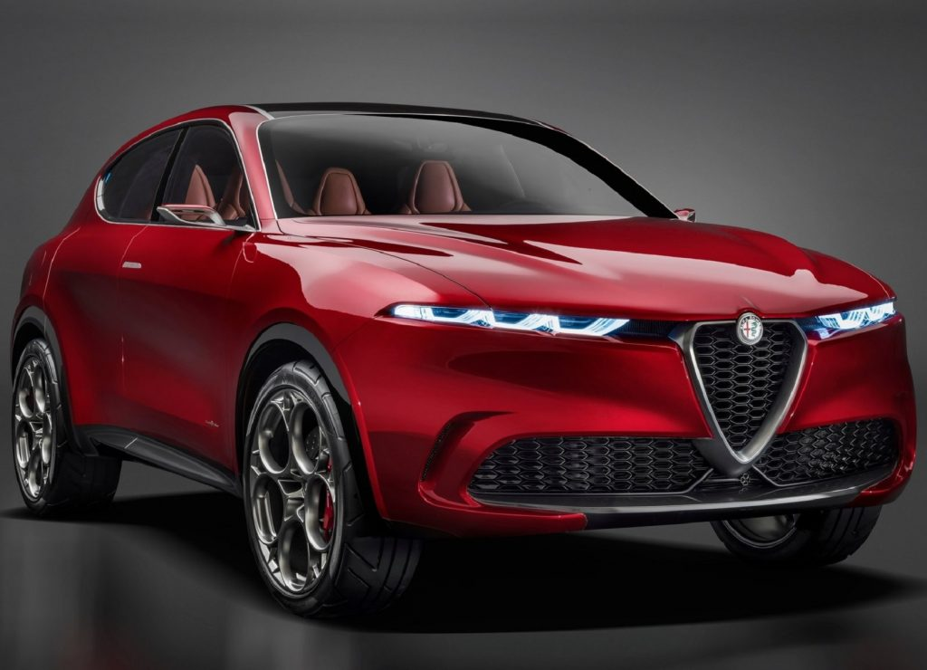 The front 3/4 view of the red 2019 Alfa Romeo Tonale Concept