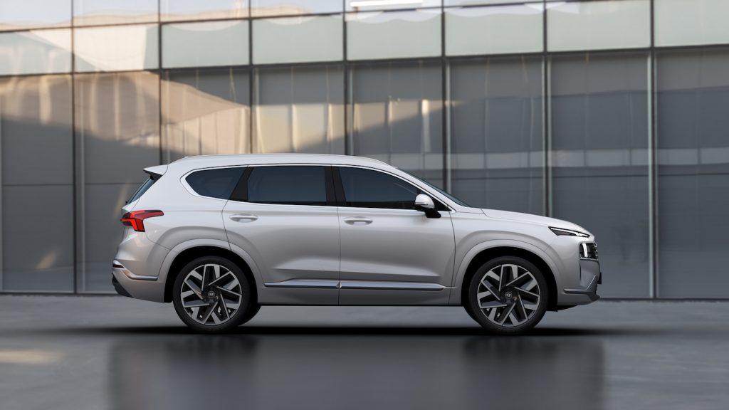 2021 Hyundai Santa Fe parked