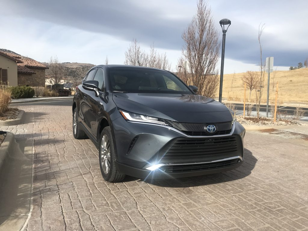 A front shot of a gray 2021 Toyota Venza