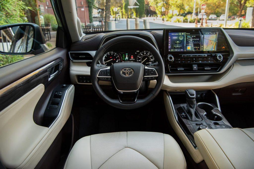 The interior of the 2021 Toyota Highlander Platinum