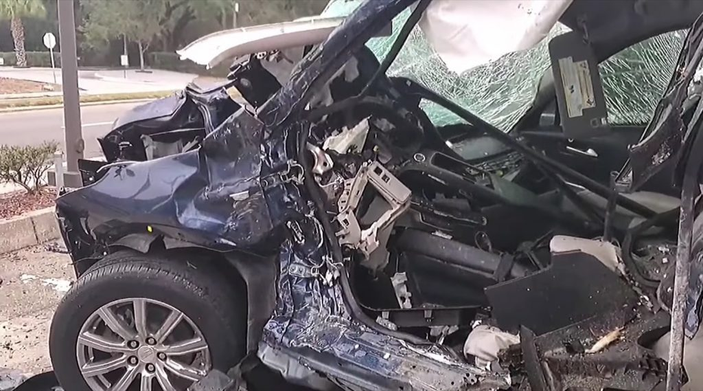 Row of Cadillac XT4s and XT5s got destroyed by rogue street racer