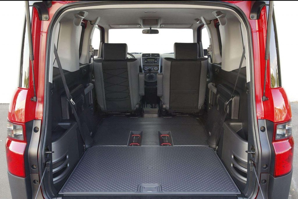 2005 Honda Element Cabin space