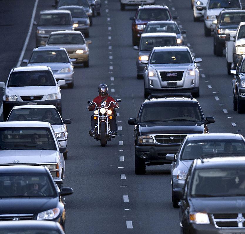 lane splitting in heavy traffic